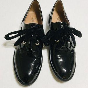 Shellys London Patent Leather Black Oxfords 7.5
